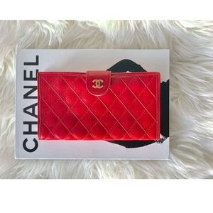 Vintage GOOD CONDITION AUTHENTIC CHANEL wallet